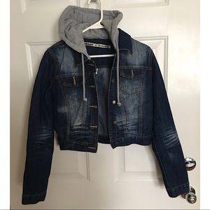 🔥FLASH SALE🔥❤️Adorable hooded denim jacket